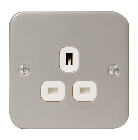 MC523 - 1 Gang 13 Amp Unswitched Socket Outlet - Metallic
