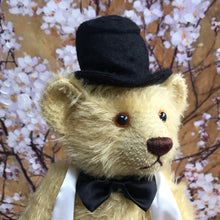 Load image into Gallery viewer, TEDDY IRVING / DEAN'S MOHAIR LIMITED BEAR