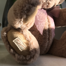 Load image into Gallery viewer, TEDDY WILLOW / DEAN'S PLUSH LIMITED BEAR