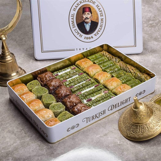Assorted Baklava in Metal Gift Box 1.75kg (61.72oz) - TurkishTaste.com
