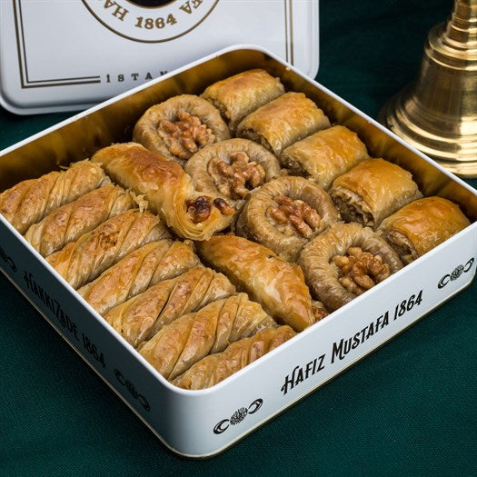 Assorted Walnut Baklava in Metal Gift Box 1kg (35.27oz) - TurkishTaste.com