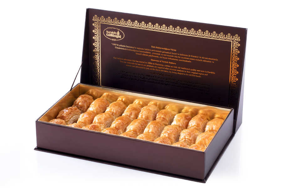 Fresh Baklava with Pistachio - Gift Box - TurkishTaste.com