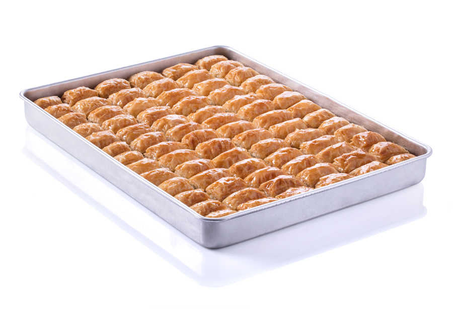 Fresh Baklava with Pistachio on Tray - TurkishTaste.com