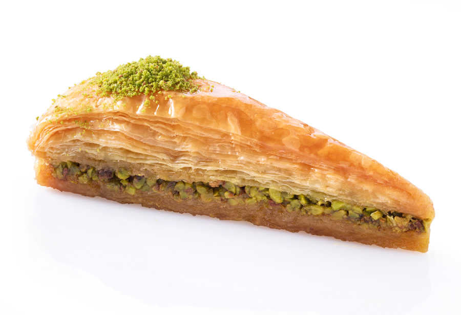 Fresh Carrot Slice Baklava with Pistachio - TurkishTaste.com