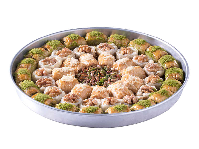 Special Tray Mix Fresh Baklava with Pistachio & Walnuts