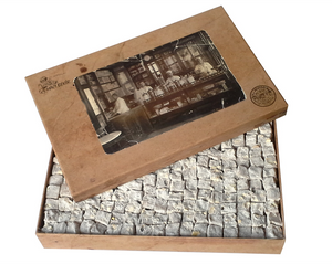 Turkish Delight with Extra Pistachio in Gift Box 1.45kg (51.14oz) - TurkishTaste.com
