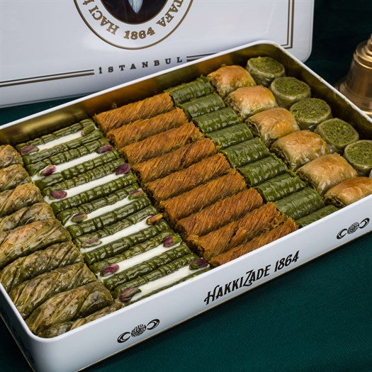 Assorted Pistachio Baklava in Metal Gift Box 2kg (70.54oz) - TurkishTaste.com
