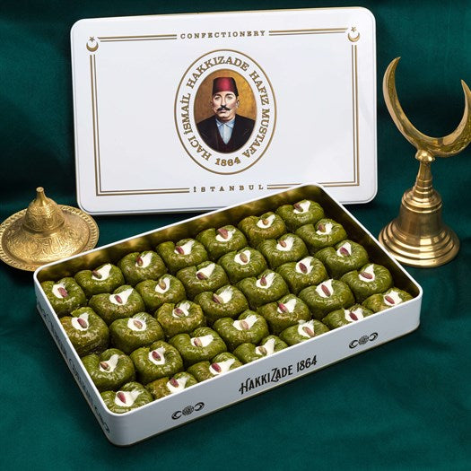 Sultan Pistachio in Metal Gift Box - TurkishTaste.com