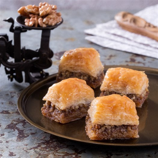 Fresh Classic Walnut Baklava - TurkishTaste.com
