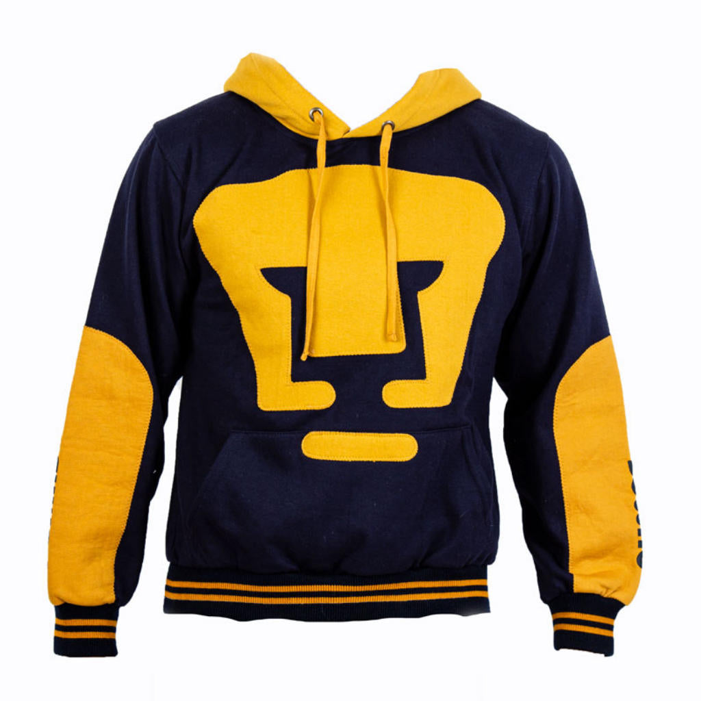 Pumas sweatshirt with blue hat