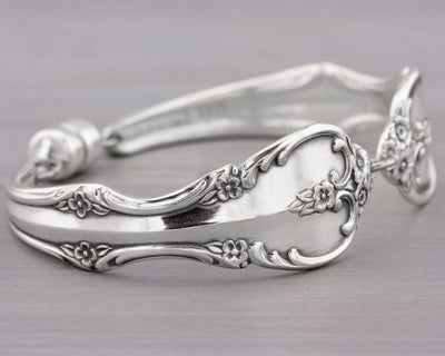 Southern Splendor 1962 Silverware Jewelry Bracelet Gift Idea for Mom