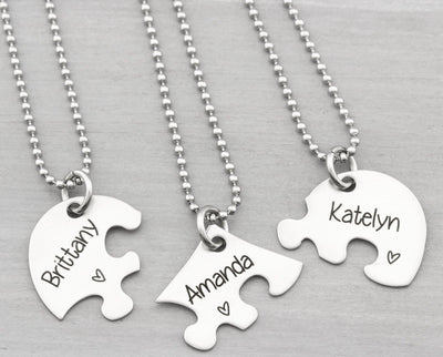 Puzzle Heart Necklace Personalized - 3 Piece Puzzle Heart - Personalized Heart Necklace with Names - Best Friends Necklace - Engraved Heart