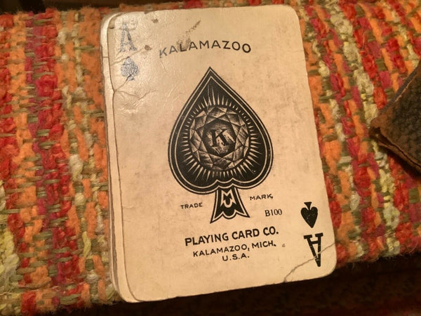 ANTIQUE VTG AMERICAN PLAYING CARD CO. KALAMAZOO, MICH. b100 Old Oaken Bucket