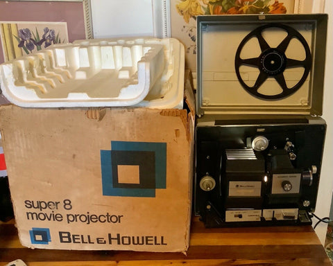 Bell & Howell Super 8 MM 467ZB Autol-oad Film Movie Projector Multi-Motion VTG