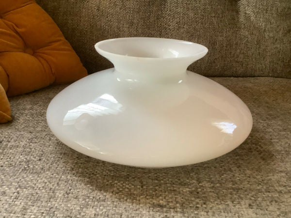 Vintage Art Deco Spaceship Flying Saucer White Milk Glass gwtw Lamp Shade