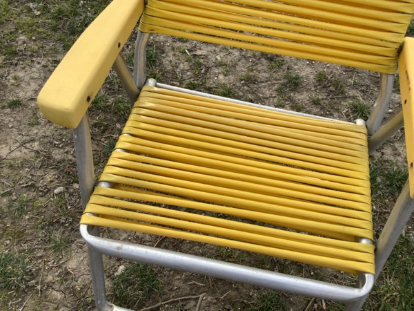 Vintage TELESCOPE Vinyl TUBE Cord Aluminum Lawn Patio Folding rv beach Chair
