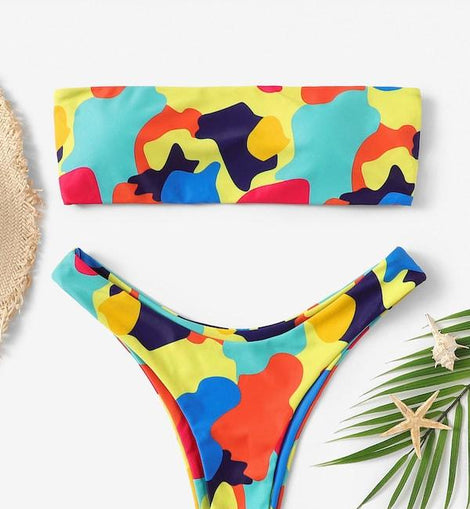 Random Graphic Print Bandeau With High Leg Bikini