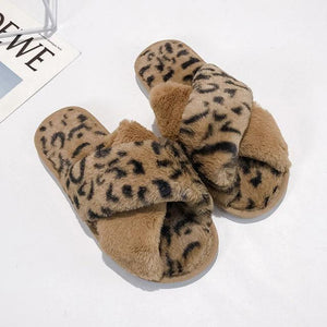 PlushFur™ | Fluffy Slippers