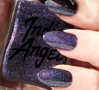 Luna - dark purple holographic nail polish vegan
