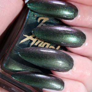 MaryJane - vintage dark green shimmer nail polish vegan