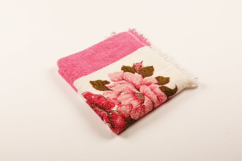 Hot Pink Flower Centred Towel