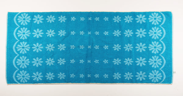 Two Tone Blue Daisy Towel