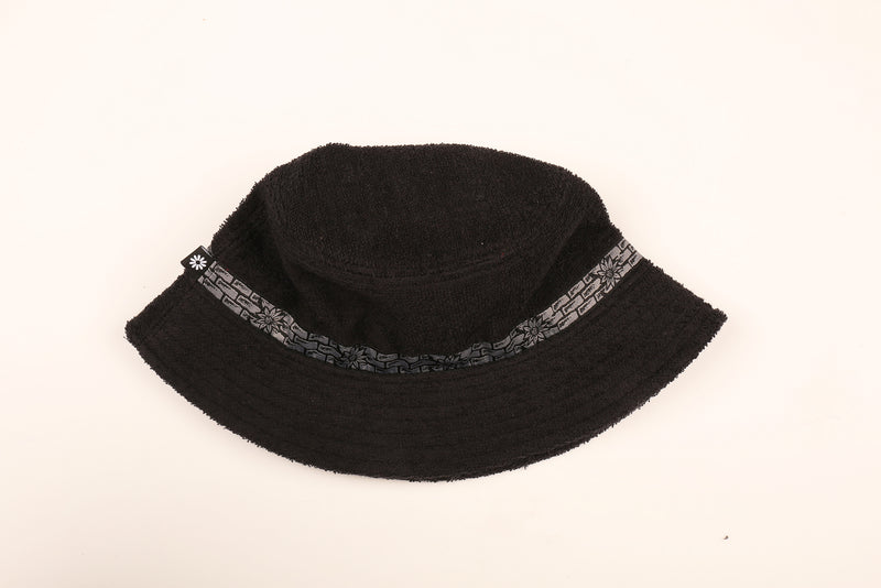 Black Pass~Port & Camp Cove Bucket Hat