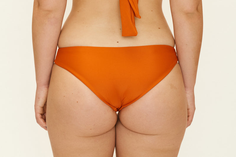 Jaki Bottoms – Orange Rust