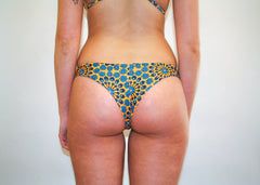 Nikki Bottoms – Golden Yellow Hippie Floral
