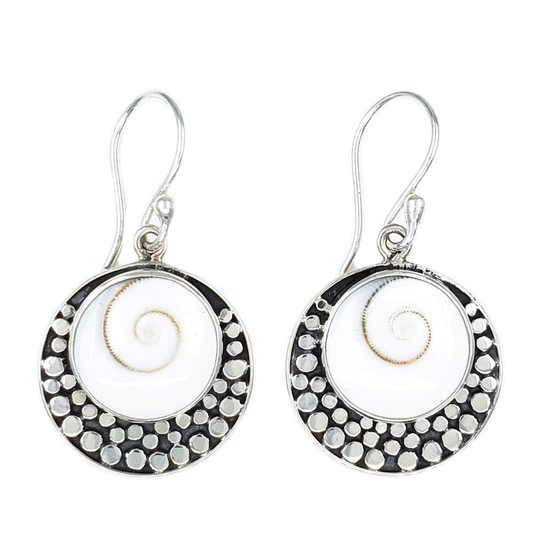 Round Cat's Eye Earrings with Filigree
