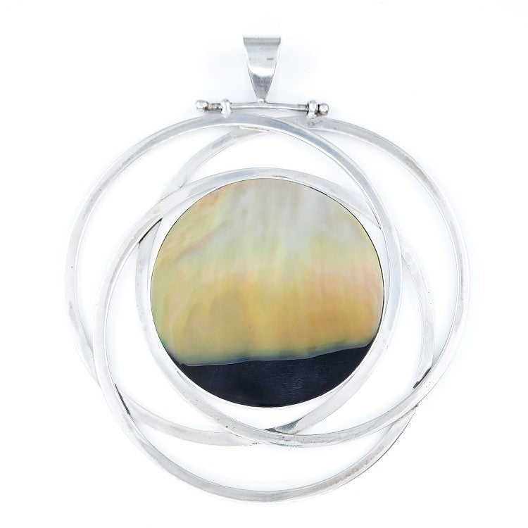 Large Round Sunset Shell Pendant with Silver Circles