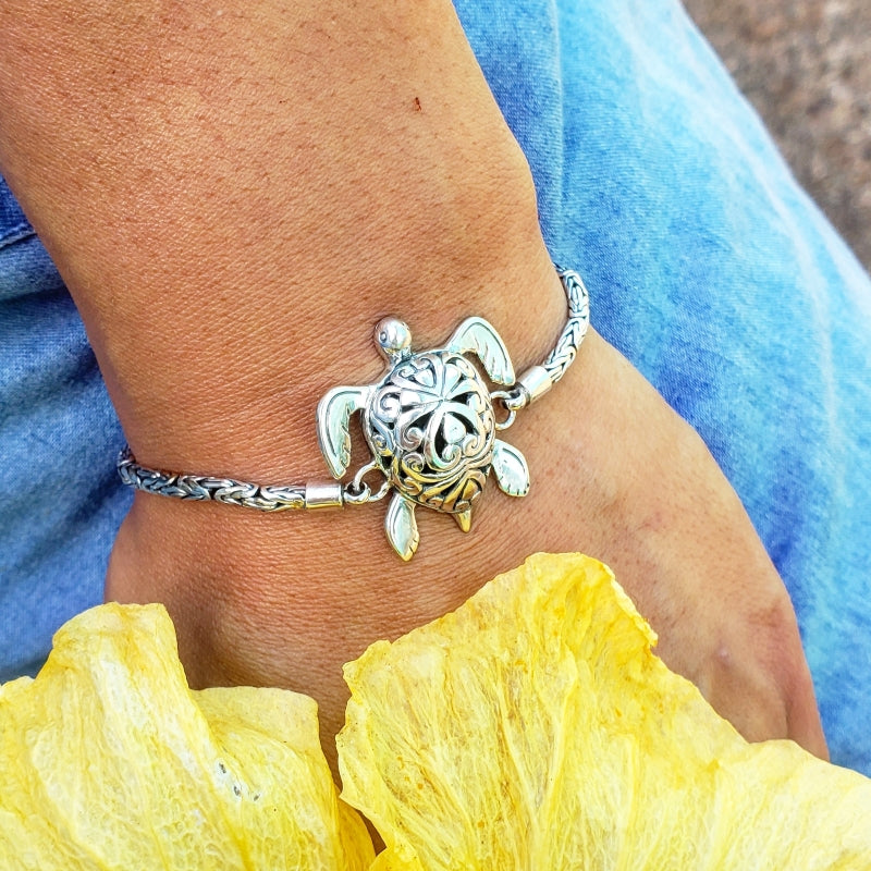 Sterling Silver Ornate Turtle Bracelet