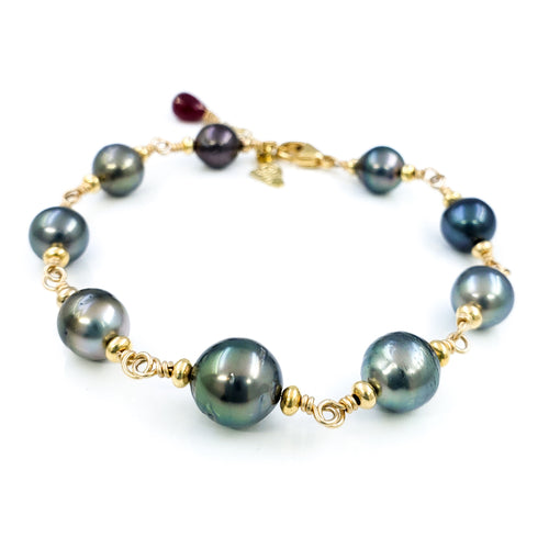 Tahitian Pearls Gold Bracelet with Ruby