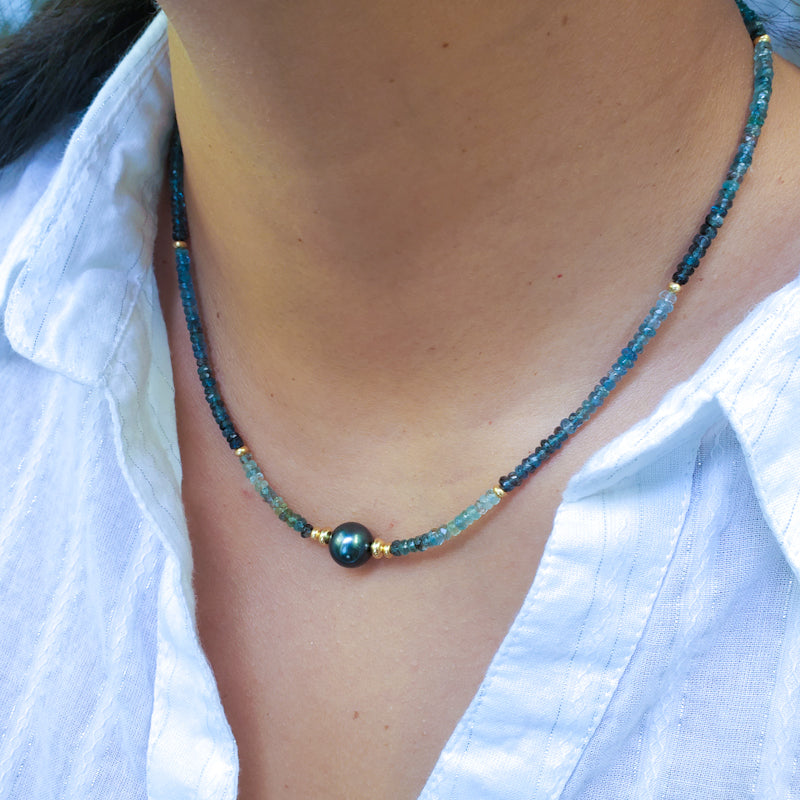 Aqua Gemstones Necklace with Peacock Tahitian Pearl