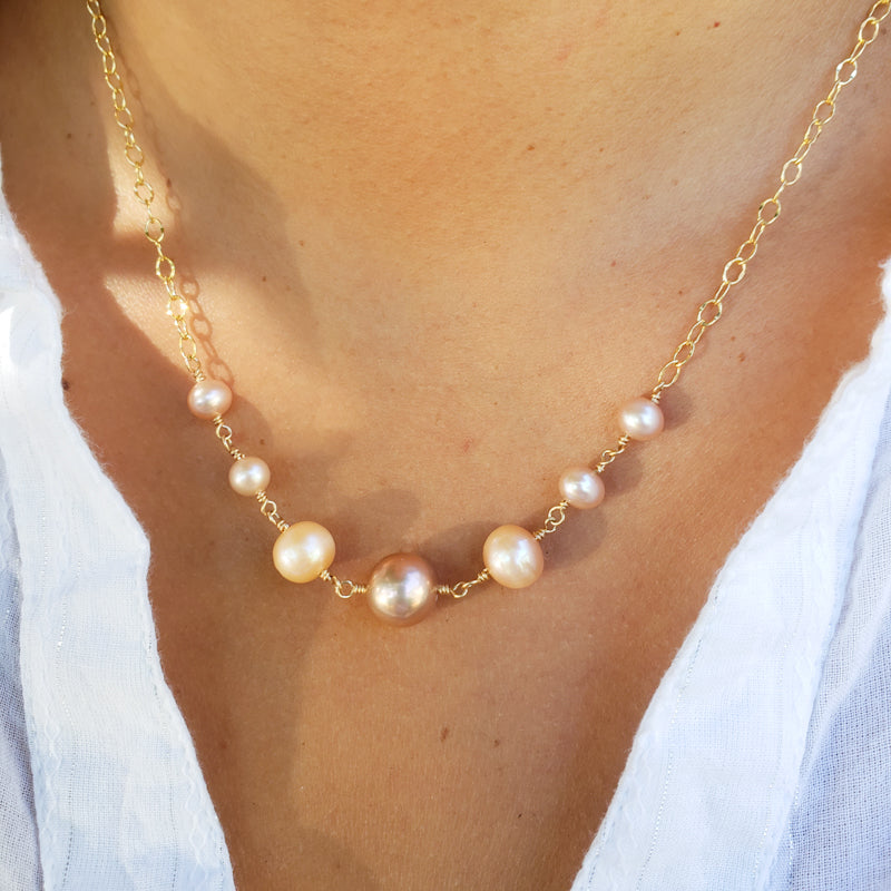 Graduated Pink & Peach Freshwater Pearls Necklace