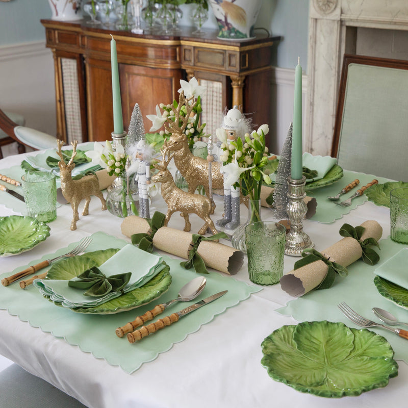 THE WINTER WOODLAND TABLESCAPE