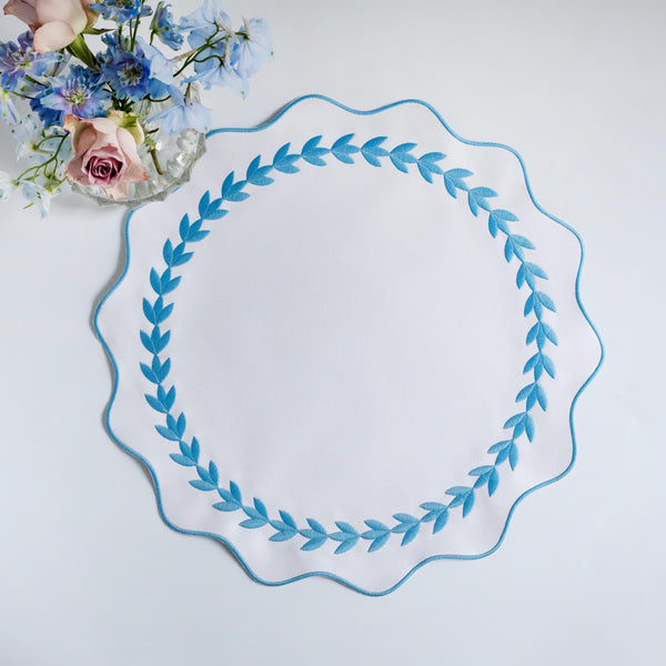 White and Blue Ivy Wreath Placemat
