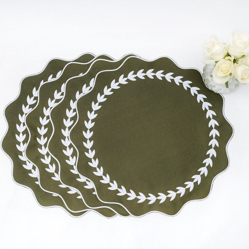 Olive Green Ivy Wreath Placemats (Set of 4)