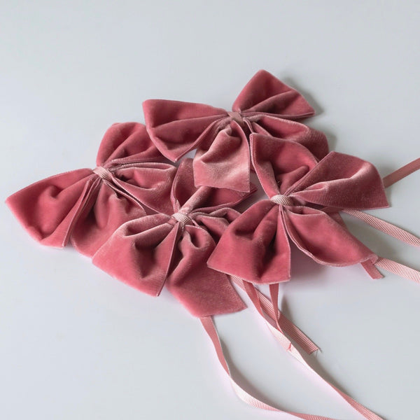 Dusty Pink Velvet Napkin Ring Bows (Set of 4)