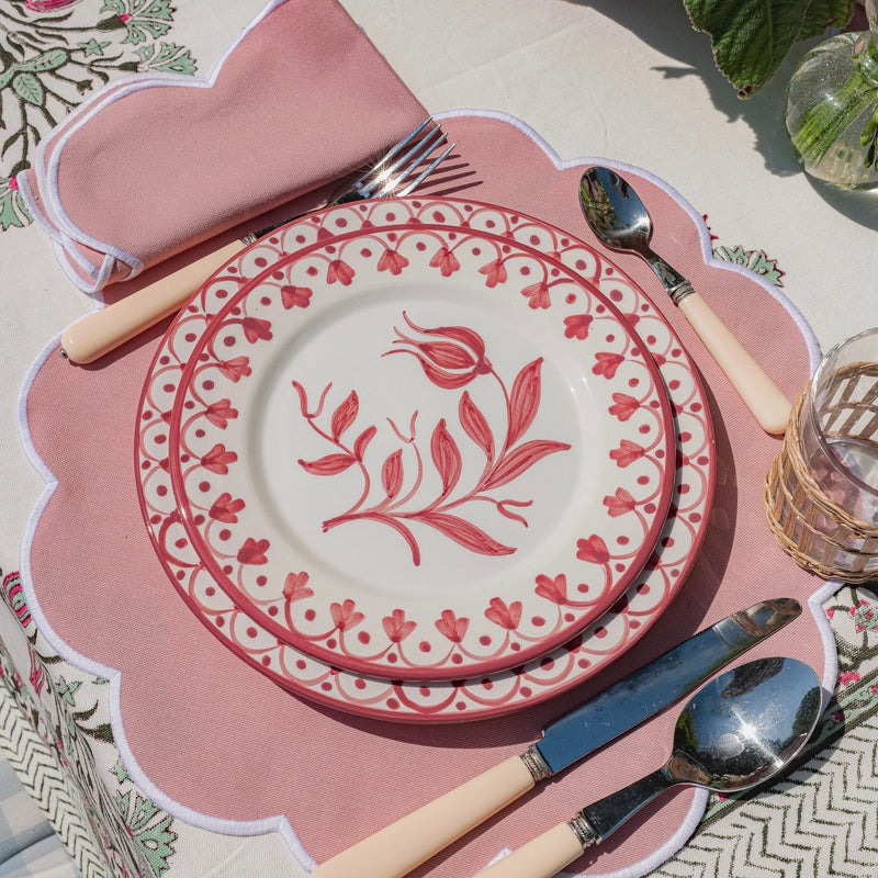 Summer Scalloped Blush Pink Napkins & Placemats (Set of 4)