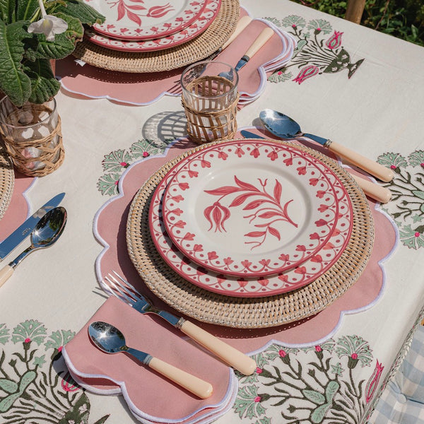 Summer Scalloped Blush Pink Placemats (Set of 4)