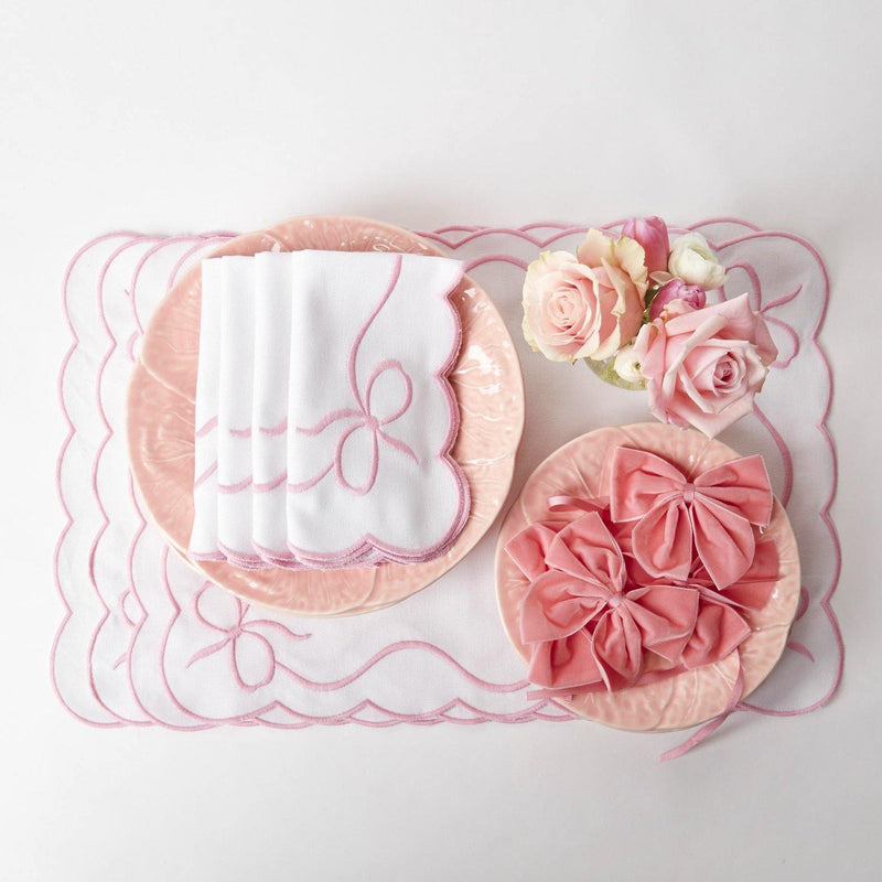 White Embroidered Bow Placemats (Set of 4)