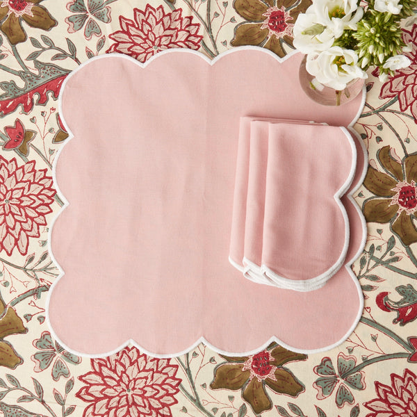 Scalloped Blush Pink Napkins (set of 4)