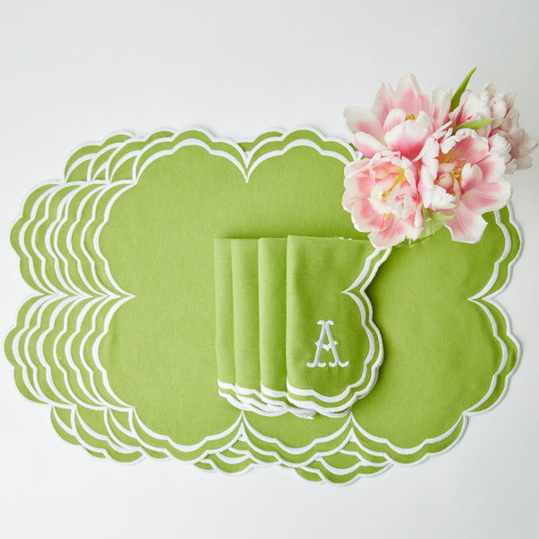Serena Apple Green Scalloped Placemats & Napkins (Set of 4)