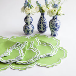 Serena Apple Green Scalloped Napkins & Placemats (Set of 4)