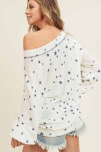 Load image into Gallery viewer, Oversized Star Print Vintage Fleece Top
