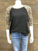 Load image into Gallery viewer, Adora Leopard Hacci Sleeve Crewneck