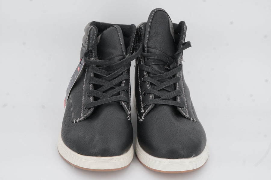 Black Hi-Top Leather Sneakers Size 9