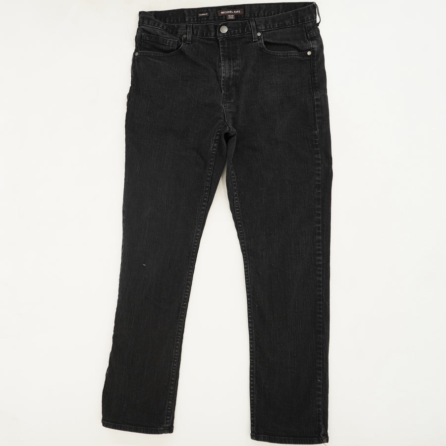 Tailored Fit Jeans Size 32