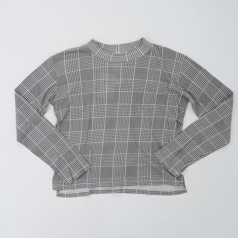 Plaid Cropped Tee In Gray Plaid